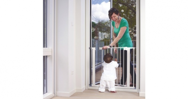 5 Essential Tips for Safety Gate Use & Installation.